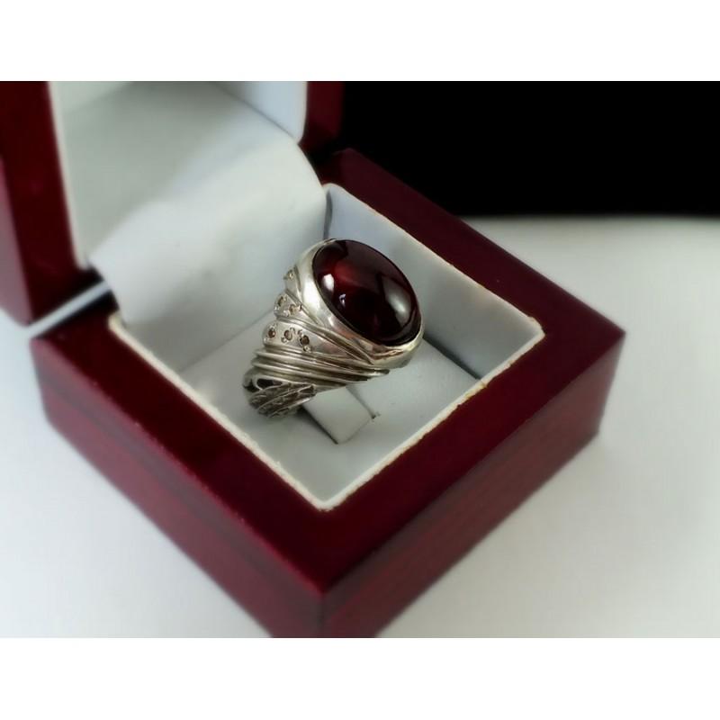 انگشتر جواهری مردانه گارنت