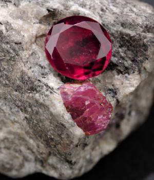 سنگ راف یاقوت قرمز