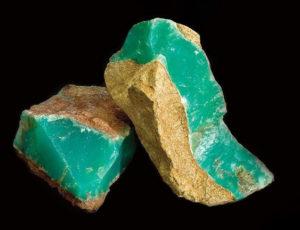 سنگ راف عقیق سبز یا کریزوپراز