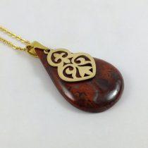 گردنبند طلا با سنگ ژاسپر سرخ طرح اسلیمی