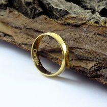 حلقه طلا ساده با حکاکی اسم Cartier داخل رینگ